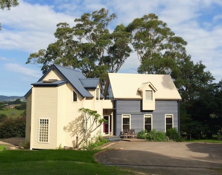 Berry NSW Accommodation Villa exterior